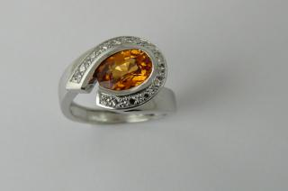 Bague or blanc paladié Spessartite et Diamants